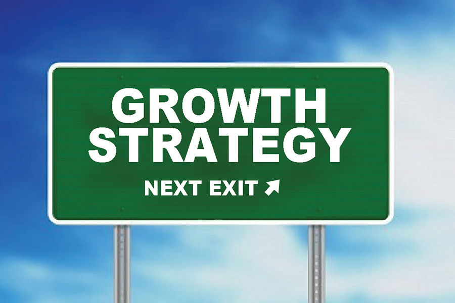 external growth for a business External growth is when business grows by merging with other companies external growth is more expensive to do rather than internal growth external growth is a much quicker way for the business to grow because they merge with other companies.